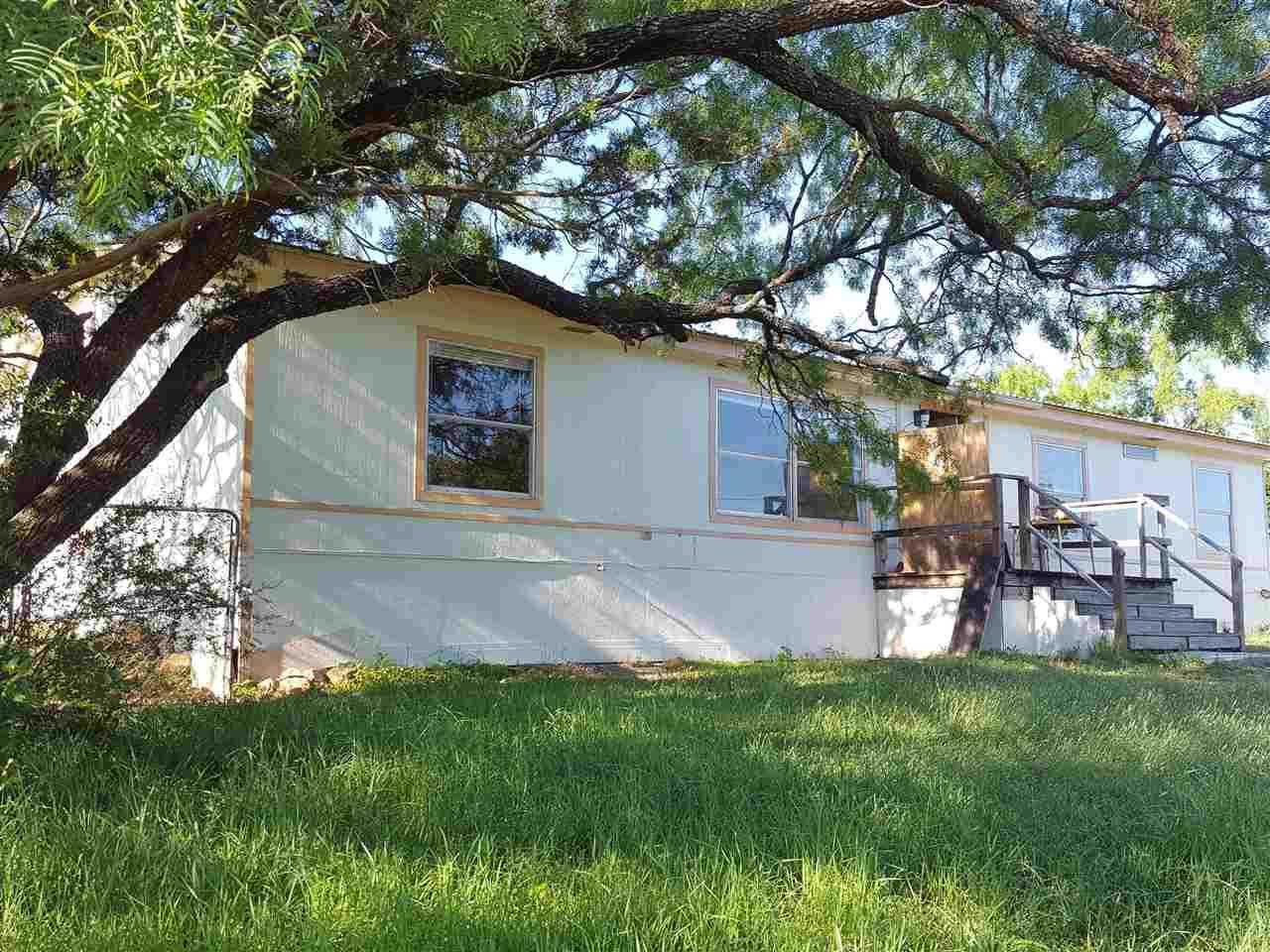 801 Waco, Kingsland, TX 78639 - MLS #137904