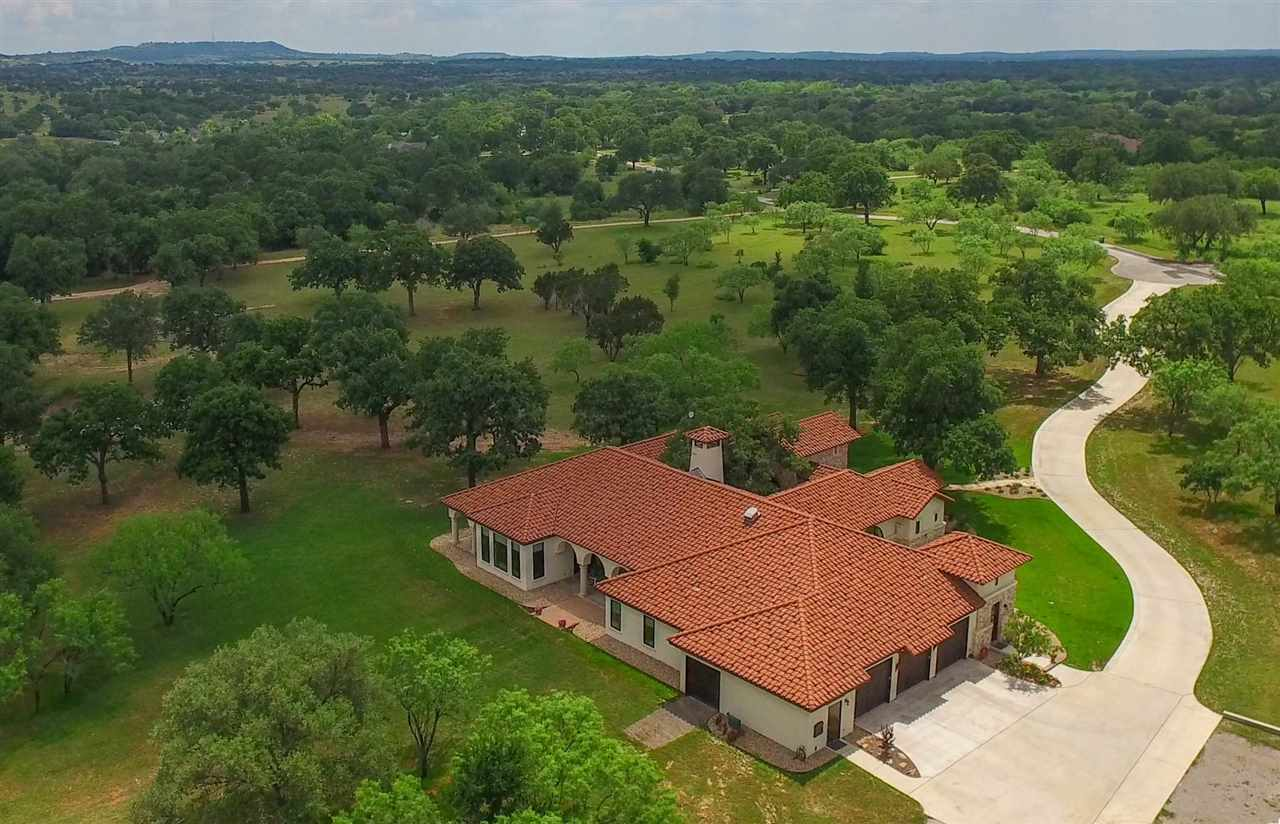 501 West Trail, Spicewood, TX