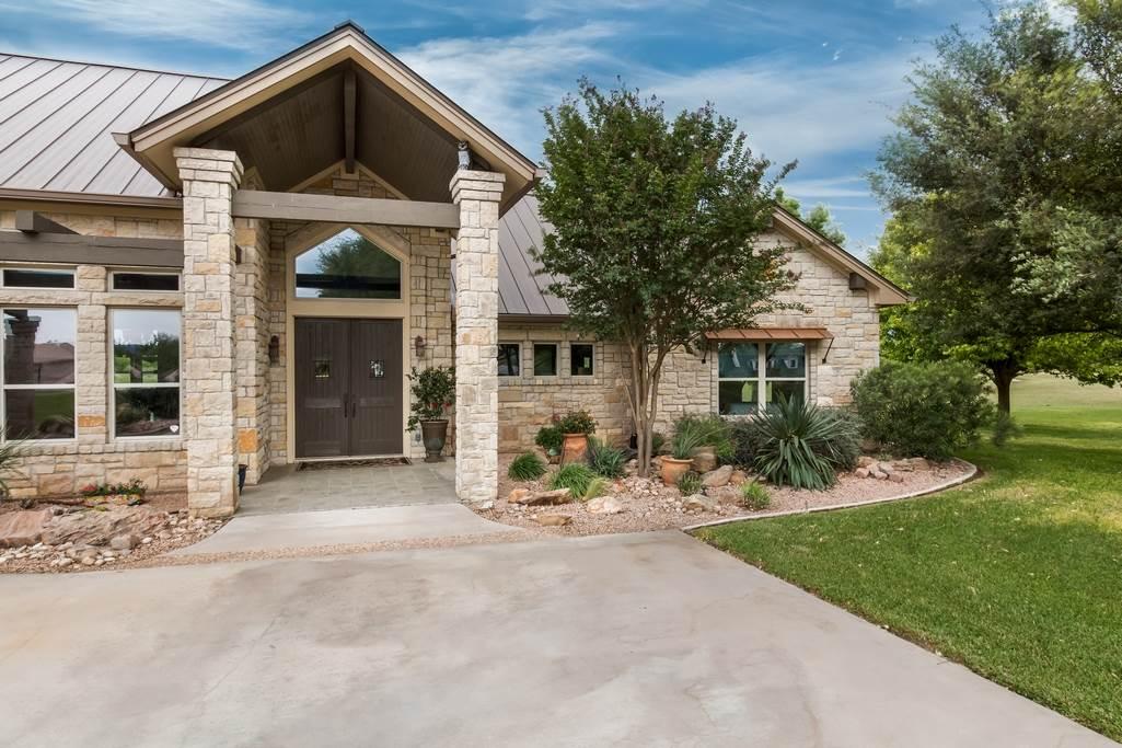 Kingsland, TX - Legends, The