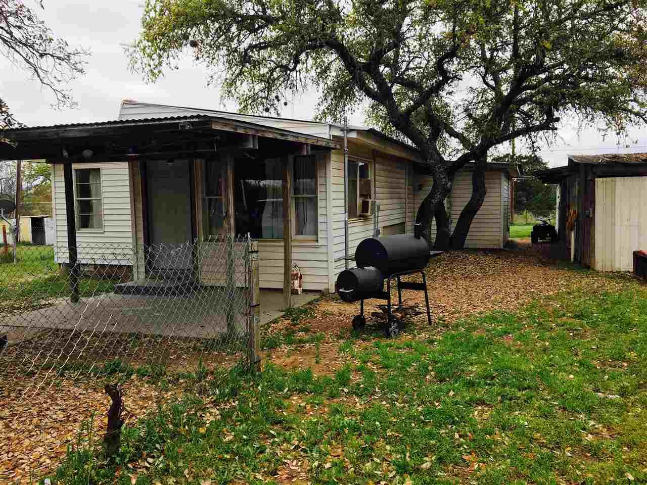 Kingsland, TX - Granite Shoals Cabin